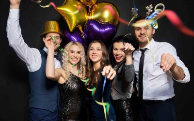 5 Reasons Why Photo Booths are Must Have At Your Wedding