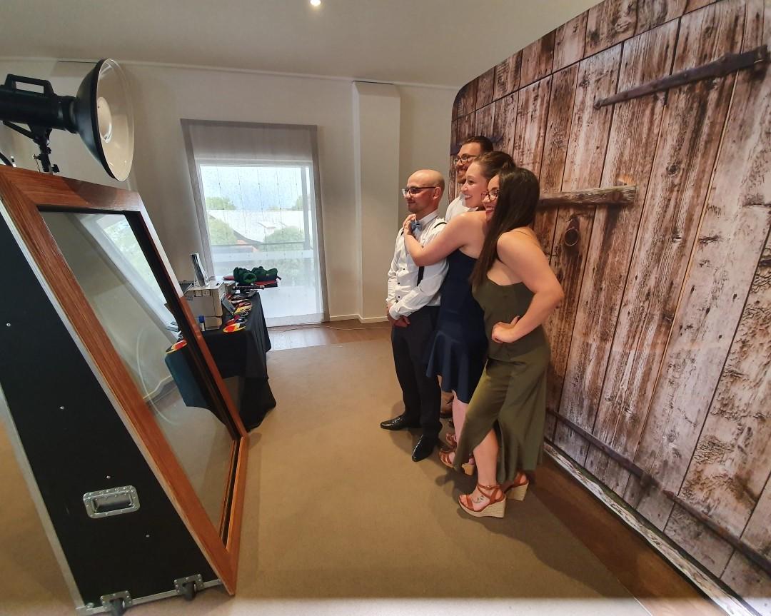 Mirror Photobooth Melbourne