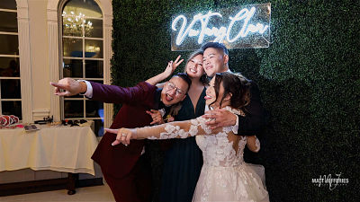 Modern Mirror Photo Booth Melbourne - Rainy Weather Ideas And 3 Ways Your Guests Will Love Your Wedding